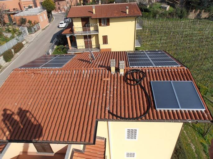 Impianto solare fotovoltaico 4,5 kWp a Canneto Pavese (Pavia)